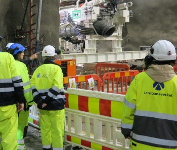 As a part of a three-day long official visit to Norway, 54 EU Transport Attachés and representatives from EU visited the Follo Line Project Friday 1 July.